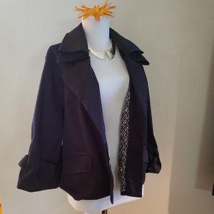 ELLE crop flare jacket. Size lrge fit 14/16